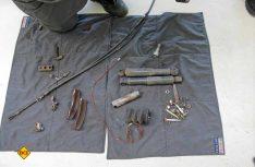 Alt und neu: Diese Altteile werden ersetzt, dazu kommen die für eine Eintragung nötigen Umbauteile. (Foto: has)