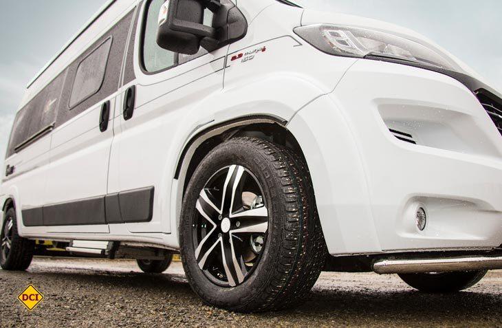Speziell für Campingbusse und Kastenwagen mit Fiat Ducato-Basis hat Goldschmitt jetzt Komplettpakete für das Fahrwerk im Angebot. (Foto: Werk)