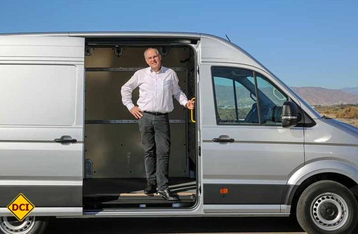 Markenvorstand Produktentwicklung Volkswagen Nutzfahrzeuge, Dr. Harald Ludanek, über die Entwicklung des neuen Transporters. (VWN für DCI)
