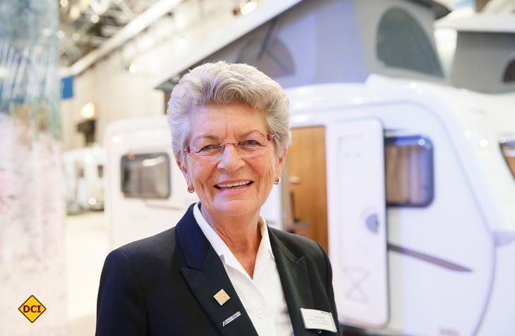 Die Grande Dame der Caravaning-Branche ist dabei: Maria Dhonau vom Hymer Zentrum B1 in Mülheim startet in Walldürn zum Rekord-Konvoi. (Foto: Caravan Salon)