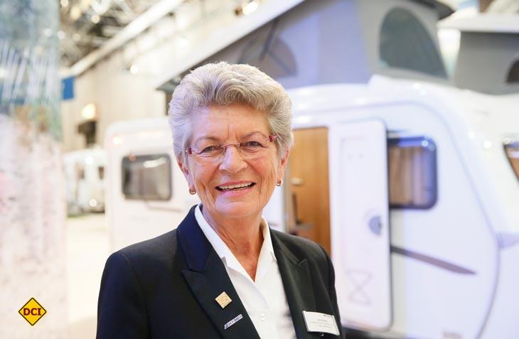 Die Grande Dame der Caravaning-Branche ist dabei: Maria Dhonau vom Hymer Zentrum B1 in Mülheim startet in Walldürn zum Rekord-Konvoi 2018. (Foto: Caravan Salon)