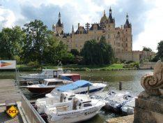 Ein perfekter Liegeplatz für Sportboote: Der Schweriner Hafen. (Foto: Schwerin Tourismus)