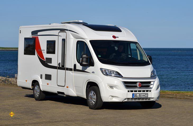 Die kompakte und unkonventionelle Baureihe Brevio von Bürstner soll eine echte Alternative zum Kastenwagenmobil sein. (Foto: det)
