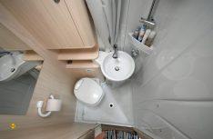 Ausreichend und praktisch: Der Sanitärraum im Brevio. (Foto: det)