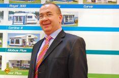 Claus Winneknecht ist Geschäftsführer der Zeltmanufakturen dwt und Güsto. (Foto: det)