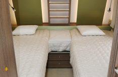 Typischer Paargrundriss mit sehr bequemen Einzelbetten im Bug. (Foto: sis)