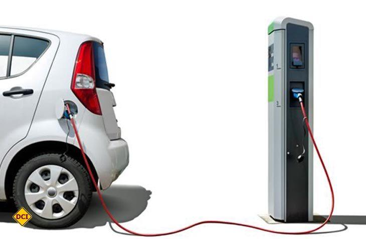 Flüsterleise Elektromobilität ohne Abgase: auto motor und sport i-Mobility zeigt in der Messe Stuttgart die Bandbreite alternativer Mobilitätskonzepte. (Foto: DCI-Archiv)