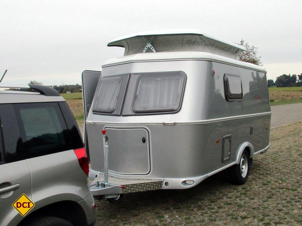 praxis test caravan eriba hymer touring triton 430 silver deutsches caravaning institut. Black Bedroom Furniture Sets. Home Design Ideas