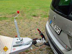Alles serienmäßig: Antischlingerkupplung und Deichselabdeckung beim Eriba Triton 430. (Foto: has)