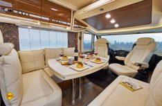 Der Innenraum ist viel Liebe zum Detail hochwertig ausgestattet. (Foto: Werk)
