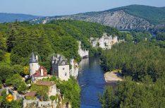 Blick auf das Chateau de Belcastel in Lavalle. (Foto: CRT Midi-Pyrenees)