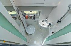 Viel Platz und komplette Ausstattung im Sanitärraum des la strada Avanti EB. (Foto: Werk)
