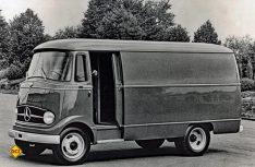 """Die Transporterlegende L 319 """"made in Düsseldorf"""". (Foto: Mercedes-Benz)"""