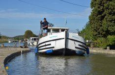 Schleusen-Passagen sind das Salz in der Suppe des Hausboot-Fahrens. (Foto: det)