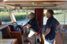 Hausboot-Fahren ist in Frankrfeich ohne Boots-Führerschein für jedermann erlaubt. (Foto: det)