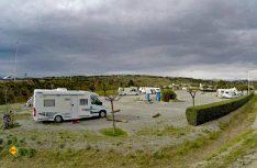 Ein ruhiger und gemütlicher Hafen für unsere Reisemobile – der Wohnmobilstellplatz in Port la Nouvelle. (Foto: Tourismus Midi-Pyrenäen)