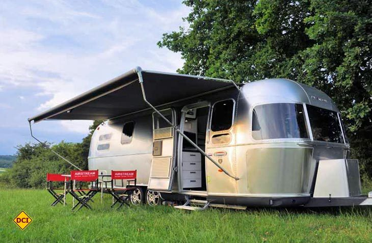 Die Legende lebt weiter - Die markanten Airstream-Trailer sind auch in Deutschland zu haben. (Foto: Werk)