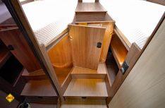Unter den Einzelbetten finden sich zwei zusätzliche Stauräume. (Foto: det)