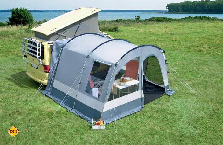 Das Campingbus-Vorzelt easy-sprintII von dwt-Zelte. (Foto: dwt-Zelte)