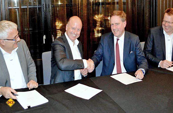 Von links: Ludwig Vetter - Business Development EHG, Martin Brandt - CEO EHG, Nigel Prescot - CEO Constantine Group, Jörg Reithmeier - Executive Board Member EHG. (Foto: Werk)