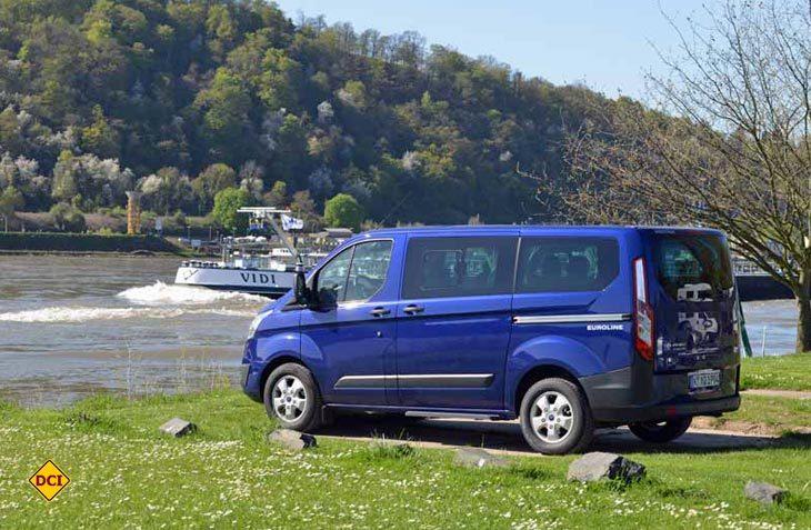 Mit dem Transit Euroline bietet Ford einen multifunktionalen Familien-Van an. (Foto: det)