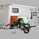 Der Bock muss mit – Motorradtransport im Reisemobil