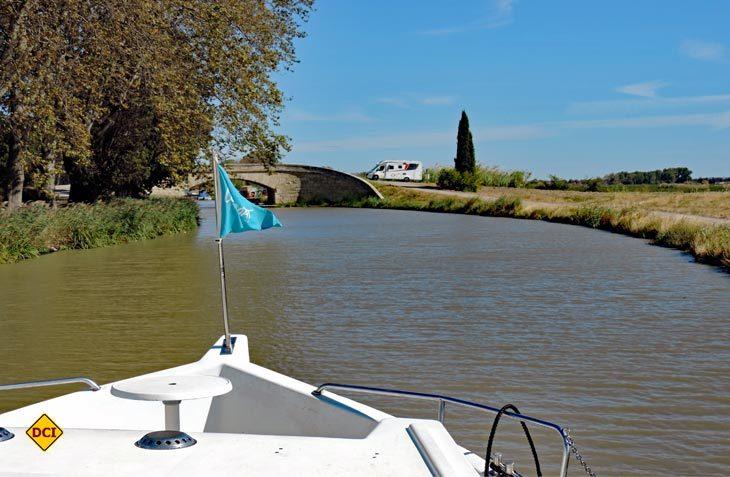 Ob mit Hausboot oder Reisemobil, ob mit Fahrrad oder auf Schusters Rappen, der Canal du Midi punktet mit perfekten Voraussetzungen für einen tollen Urlaub in Südfrankreich. (Foto: hcb)