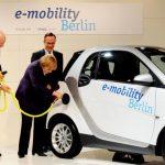 Regierungsziel für E-Autos von Merkel gekippt