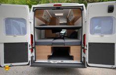 Mit einem optionalen Einhängbett für Kinder können die Schlafplätze im Sun Living Van erweitert werden. (Foto: det)