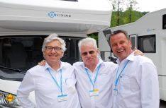Gute Geschäfte - gute Stimmung: Die Chefetage von Adria Deutschland. von links: Kurt Manowski, Günter Holona, Alexander Burow. (Foto: det)