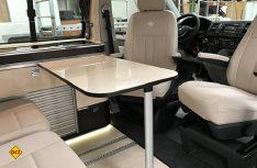 Klassischer Campingbus mit Halbdinette und Sitzbank. (Foto: Westfalia)