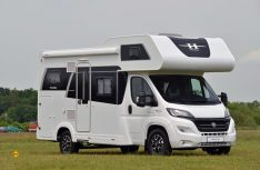 Neue Kompakt-Variante bei den Siesta-Alkovenmodellen: Der Hobby A60 GF für vier Personen. (Foto: det)