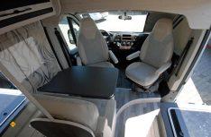 Der Karmann Dexter 540 Trend hat einen klassischen Campingbus-Grundriss mit einer Halbdinette. (Foto: det)