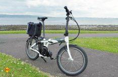 Das Tern elink ist ein hochwertiges 20 Zoll-Faltrad mit Mittelmotor. (Foto: det)