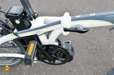 Der Bafang E-Motor ist als Mittelmotor mit Tretlager angebracht und sorgt mit 250 Watt für kräftigen Vorschub. (Foto: det)