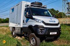 Der Unicat Terracross hat ein Verteilergetriebe mit Geländeuntersetzung und Differenzialsperren an Vorder- und Hinterachse. (Foto: Unicat)