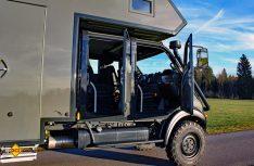 Familienfreundliches Expeditionsmobil: Durch den Doppelkabiner als Basis können bequem fünf Personen im Impala mitfahren. (Foto: Werk)