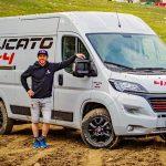 Fiat Ducato kommt als 4×4-Version – Chuck Norris findet das gut