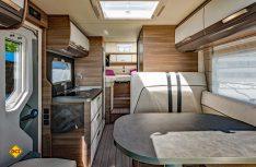 Hell, freundlich und im modernen, frischen Design erscheint der Wohnraum der L!ve-Baureihen. (Foto: Werk)