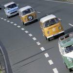 "Große VW-Bulli-Parade: ""Summer Festival-Finale"" zum Werk Stöcken"