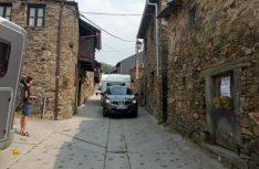 In El Acebo wurde es mit Gespannen und Wohnmobil schon mal eng. (Foto: Meurer)