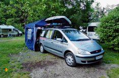 Es geht auch einfach: Manfred Kleinschwärzer hat seinen Ford Galaxy von der Großraumlimousine zum Freizeitmobil umgebaut. (Foto: Kleinschwärzer)