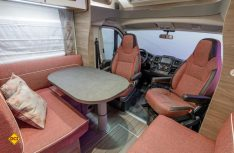Bis zu sechs Personen können in der neuen Live-Baureihe von Knaus Platz finden. Hier Live Wave 700 MEG. (Foto: Werk)