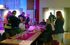 Exklusive Blick in die Beratungen der Stewards und Juroren mit der Guinness-Schiedsrichterin Paulia Sapinska. (Foto: det)