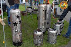 Kunst am Bau: Gasflaschen einmal anders. (Foto: det)
