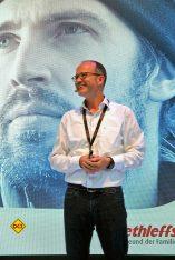 Helge Vester ist Marketing-Chef beim Reisemobil- und Caravanhersteller Dethleffs aus Isny. (Foto: alf)