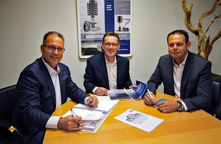 E&P Hydraulics ist von DexKo / Al-Ko übernommen worden. Von links: Kay Fischer (E&P Deutschland ), Pierre Blom und Eric Klinkenberg (E&P Niederlande) leiten E&P unter dem Dach von Al-Ko weiter. (Foto: Al-Ko)
