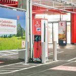 Kaufland fördert E-Mobilität mit über 100 Ladestationen