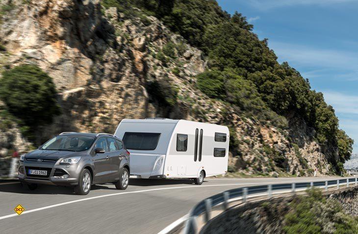 Wohnwagengespanne dürfen künftig auf den Schweizer Autobahnen mit Tempo 100 fahren, wenn sie bauartbedingt dazu berechtigt sind. (Foto: CIVD)