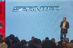 Volker Morhinweg., Leiter Mercedes-Benz Vans, gab erste Einblicke in die Konzeption des neuen Sprinters. (Foto: det)